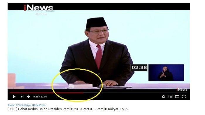 Debat Pilpres Kedua Prabowo Subianto Membawa Buku, Sempat Enggan Mengakui saat Ditanya