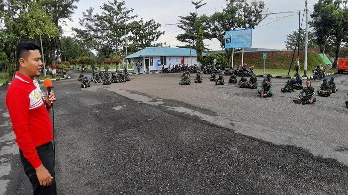 Basarnas Padang Memberikan Materi Mengenai Kebencanaan Kepada Prajurit Lanud Sutan Sjahrir