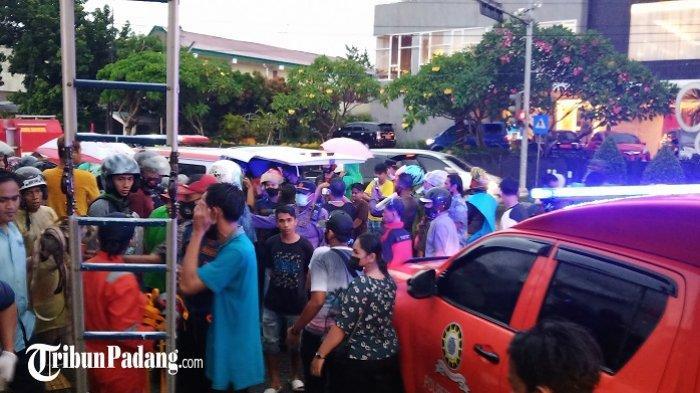 TERUNGKAP Identitas Pria yang Tewas Tersengat Listrik di Padang, Polisi: Warga Ulak Karang