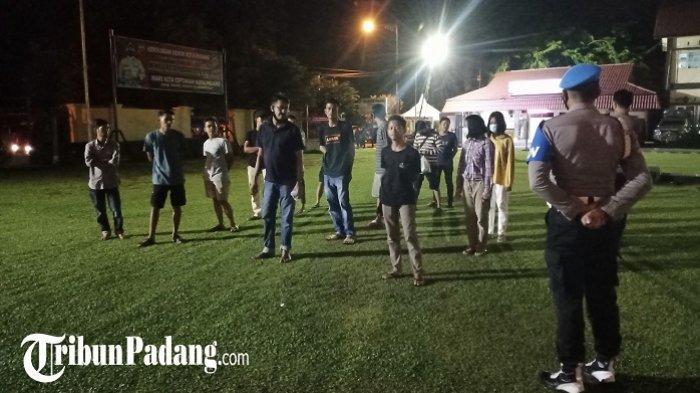Puluhan Warga Terjaring Razia Protokol Kesehatan di Padang, Diamankan ke Polresta Padang
