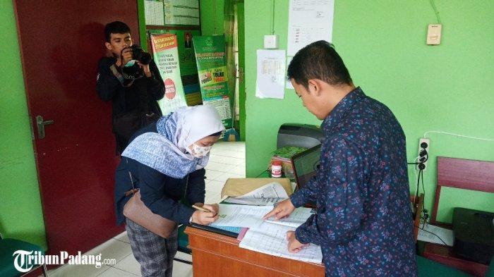 Kisah Sejoli di Padang Harus Cabut Berkas Nikah Gara-gara Corona Mewabah, Pindahkan Lokasi Akad