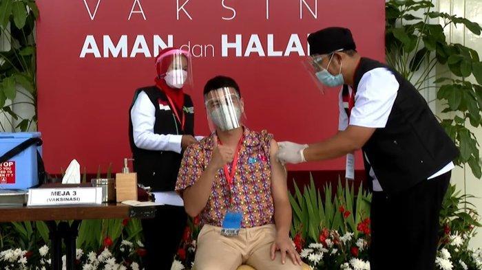 Raffi Ahmad Terima Vaksin Covid-19 Perdana, Nagita Slavina Mendoakan dari Rumah