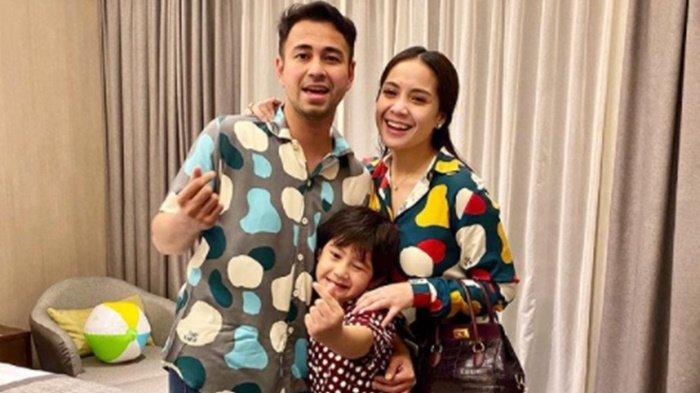 Nagita Slavina Umumkan Kehamilan, Rafathar Siap Jadi Kakak