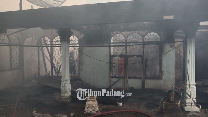 UPDATE Rumah Warga Kota Padang Terbakar: Terdiri dari Rumah Induk, Kontrakan dan GudangPupuk