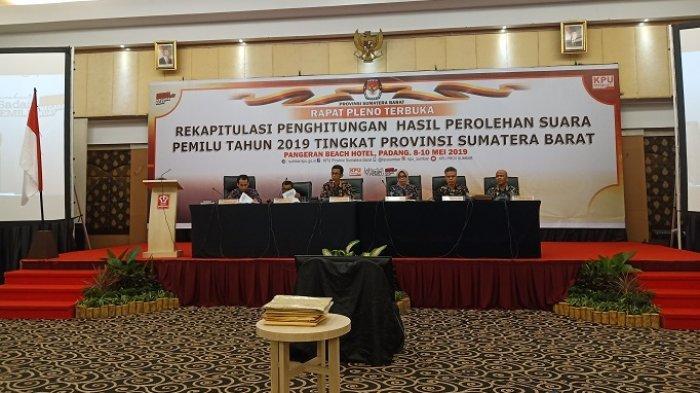 KPU Sumbar Sebut Proses Rekapitulasi Suara Tingkat Provinsi Telah Transparan