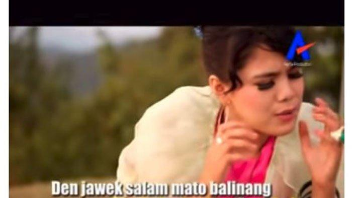Chord dan Lirik Lagu Minang, Lintuah - Ratu Sikumbang: Nan Pandai Mamikek Jantuang Hati
