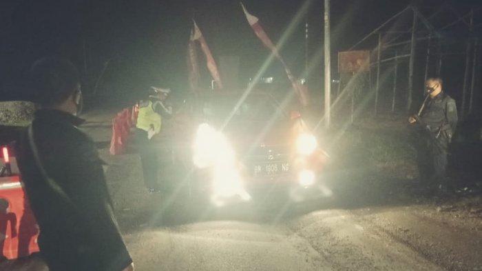 Ratusan Angkutan Barang Mulai Lewati Perbatasan Sumbar-Riau, 38 Kendaraan Disuruh Putar Balik