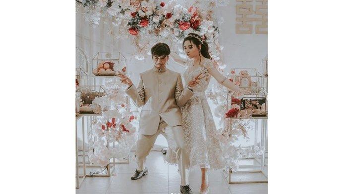 Gelar Resepsi di Bali, Reza Oktovian dan Wendy Walters Ternyata Sudah Menikah Sejak Januari 2021