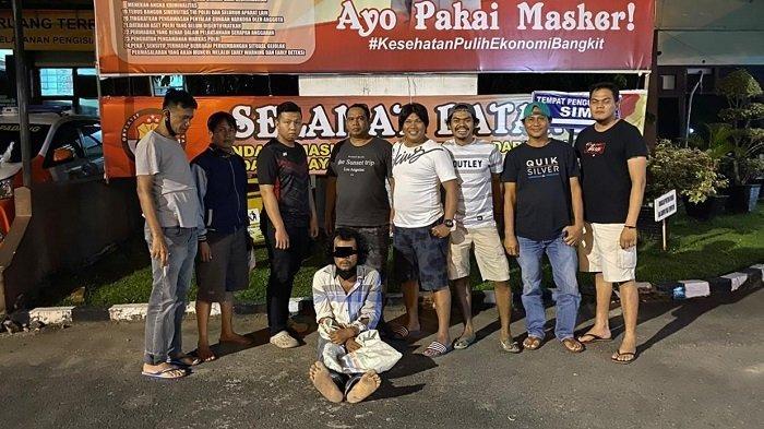 Seorang Pengangguran di Padang Panjat Dinding Gudang, Gondol TV dan 123,4 Kg Buah Coklat