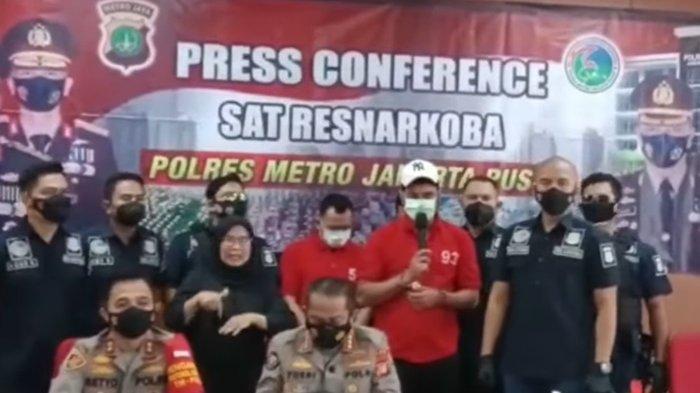 Rio Reifan Sampaikan Penyesalan dan Permintaan Maaf Saat Rilis Kasus oleh Polda Metro Jakarta Pusat