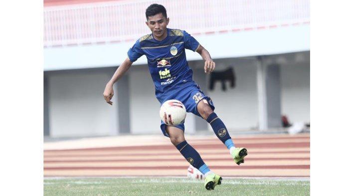 Lebih Dekat dengan Risman Maidullah, Pemain Anyar Semen Padang FC yang Spesialis Liga 2