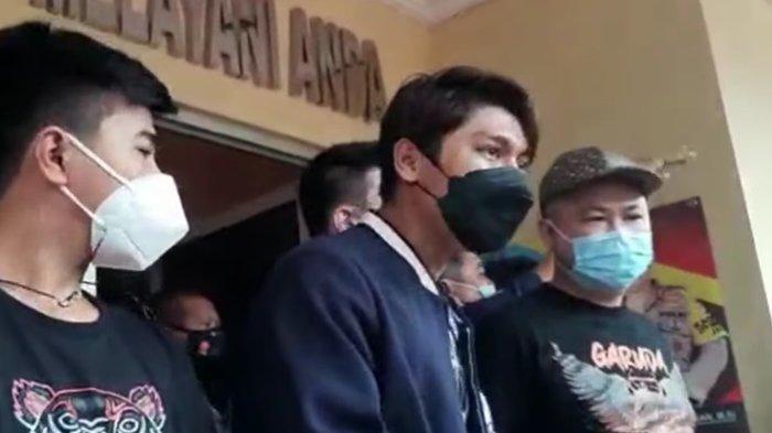 Rizky Billar Datangi Polsek Tanjung Duren, Klarifikasi Kerumuman Saat Pembukaan Resto