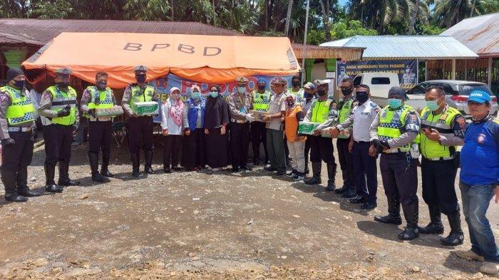 Satlantas Polresta Padang Salurkan Bantuan Logistik ke Posko Pemantauan Padang-Painan