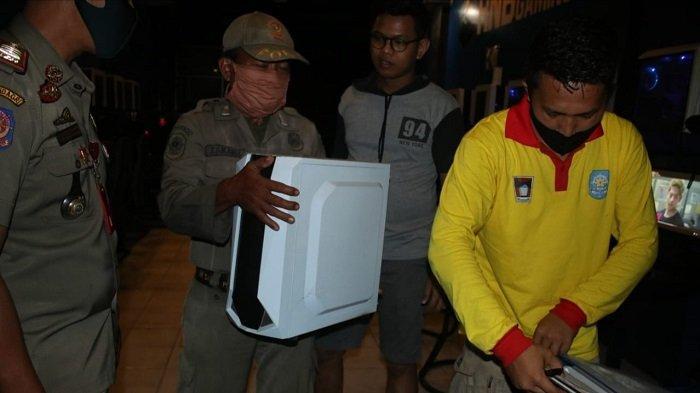 Tim Satpol PP Padang Datangi Warnet, Pergoki Sejumlah Remaja Asyik Main Game