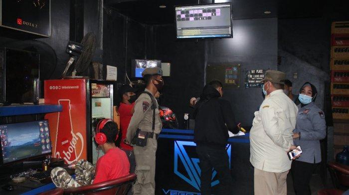 Aparat Razia Arena Game Konsol di Padang, Sasar Pengunjung Warnet tak Pakai Masker dan belum Vaksin