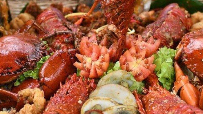 Wow! Nasi Goreng Seafood Ini Dijual Rp 1,7 Juta Lantas Apa saja Isinya