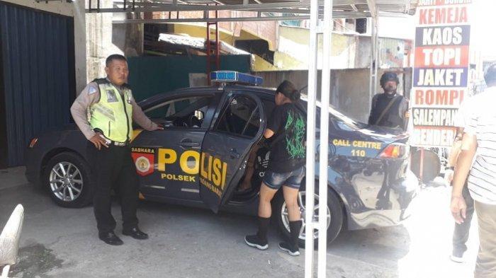 Anak Punk di Padang Naik Sedan Polisi Setelah Tiduran di Teras Toko, 3 di Antaranya Perempuan