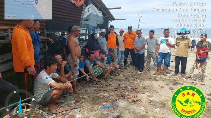 Sempat Hilang Kontak, 10 Nelayan Pariaman Ditemukan Selamat, Keluarga Jemput ke Padang
