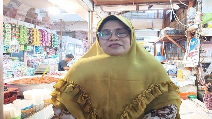 Sejumlah Pedagang Pasar Raya Padang Menolak Divaksin, Milna Mutia Utarakan Kekhawatirannya