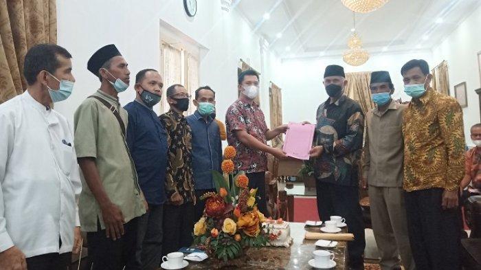 Kampungnya Sering Banjir, Tokoh Masyarakat Tapan Pesisir Selatan Mengadu ke Gubernur Sumbar
