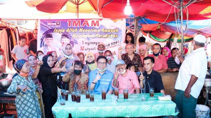 Semangat Pedagang Pasar Raya Padang Kedatangan Mulyadi dan Berdialog Langsung