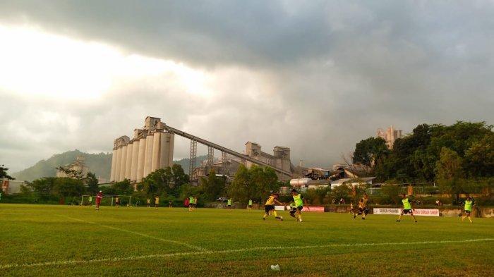 Pelatih Kepala Semen Padang FC Sebut Kick-Off Tinggal 40 Hari Lagi, Weliansyah:Fokus Fisik Pemain