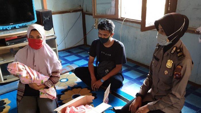 Pulang dari Pasar, Pemuda di Bukittinggi Dikejutkan Suara Bayi Dalam Kardus Mie diJalan Turunan