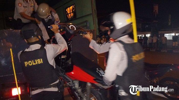 BREAKING NEWS: Polresta Padang Amankan 5 Kendaraan dan 11 Remaja Diduga Terlibat Balap Liar