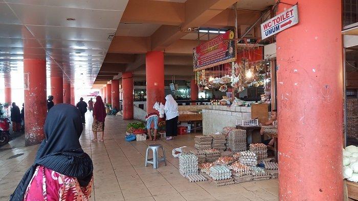 POPULER PADANG - Pasar Raya Disemprot Disinfektan, Senin (20/4/2020)| Alasan Bantuan Belum Cair