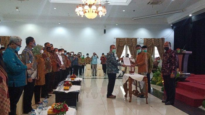 Masa Jabatan Irwan Prayitno-Nasrul Abit Resmi Berakhir, Sekda Resmi Jadi Plh Gubernur Sumbar