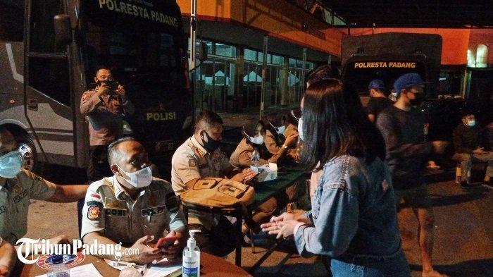 Ratusan Warga di Kota Padang Terjaring Razia, Gegara Abaikan Protokol Kesehatan Saat Malam Minggu