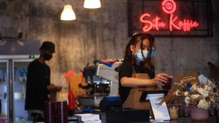 Situ Koffie, Tempat Nongkrong di Padang dengan Suasana Gedung Tua