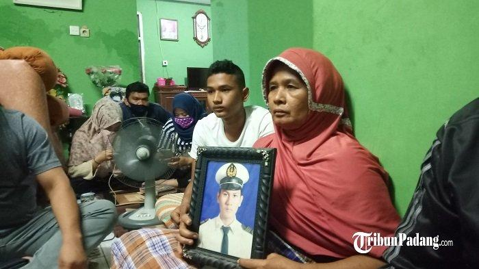 Angga Telepon Ibunda di Padang Sehari Sebelum ke Pontianak, Penumpang Pesawat Sriwijaya Air SJ 182