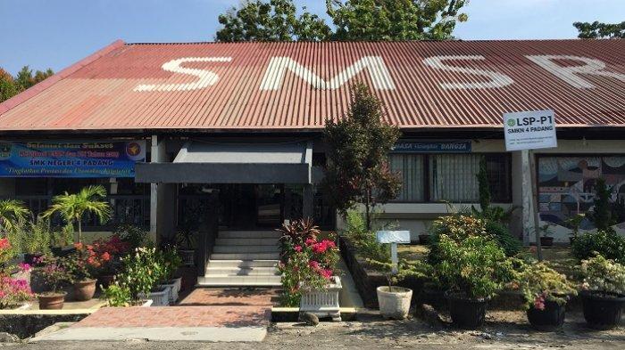 Alumni Jadi Korban Penembakan di Selandia Baru, Siswa dan Guru SMKN 4 Padang Gelar Doa Bersama