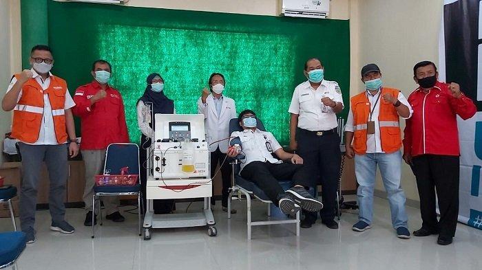 Dua Karyawan Semen Padang Sumbangkan, Plasma Konvalesen ke Palang Merah Indonesia