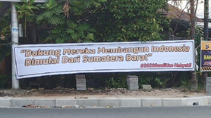 POPULER SUMBAR - Aksi Demo Mahasiswa UIN Imam Bonjol| Ada Spanduk #2020SandiagaUno-Mahyeldi