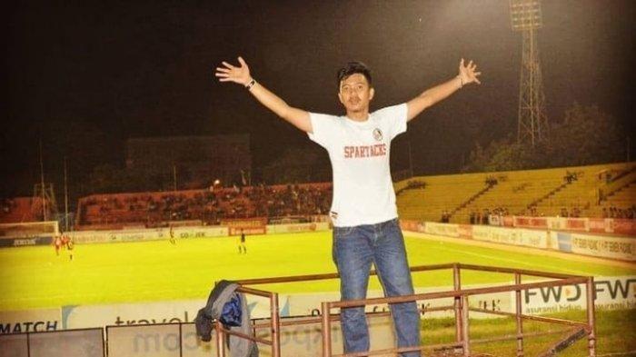 Starting XI Pemain Semen Padang FC Musim ini, Versi Teo Fals, Sosok Dirigen Spartacks