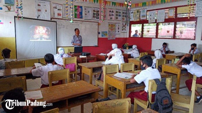 Jadwal Sekolah Tatap Muka di Padang Panjang Mulai 11 Januari 2021, 318 Tenaga Kependidikan Ikut Swab
