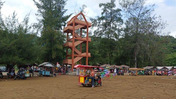 Pedagang Bersyukur Objek Wisata Pantai Air Manis Kembali Dibuka, Berharap Pengunjung Kembali Ramai