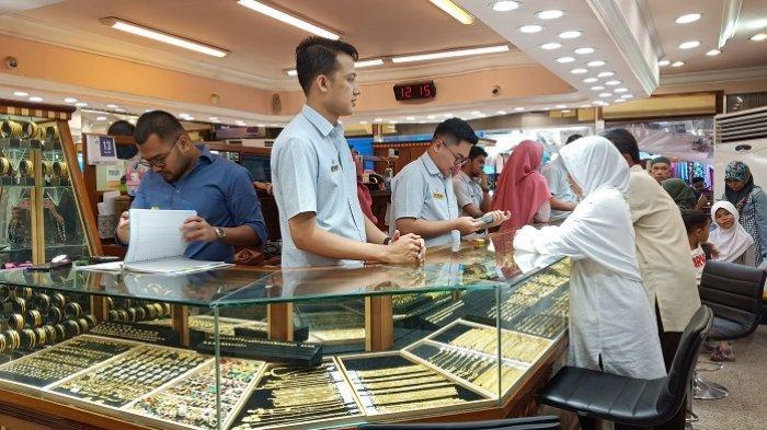 Harga Emas Pegadaian Padang Rabu 7 Juli 2021, Emas Antam Turun Rp 2 Ribu Per Gram