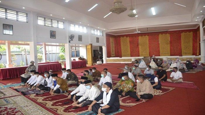 Wali Kota Padang Salat Idul Adha di Rumah Dinas, Ikuti Ketentuan PPKM Darurat