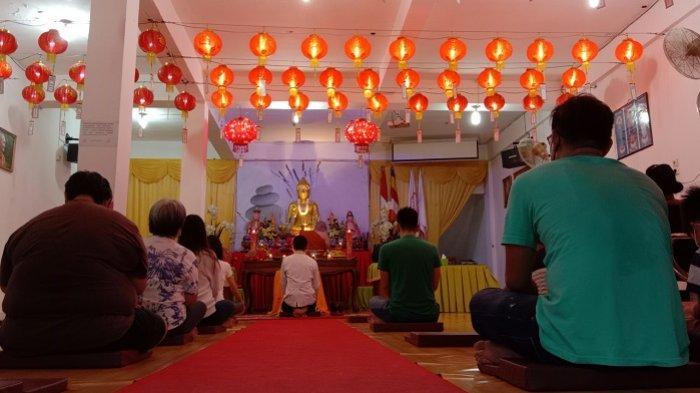 Meski Dibatasi, Perayaan Tri Suci Waisak di Graha Samatha Giri Padang Berlangsung Khidmat