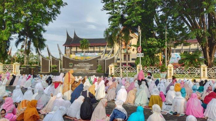 Pemprov Sumatera Barat Tiadakan Salat Idul Fitri Berjamaah di Lapangan dan Masjid Raya