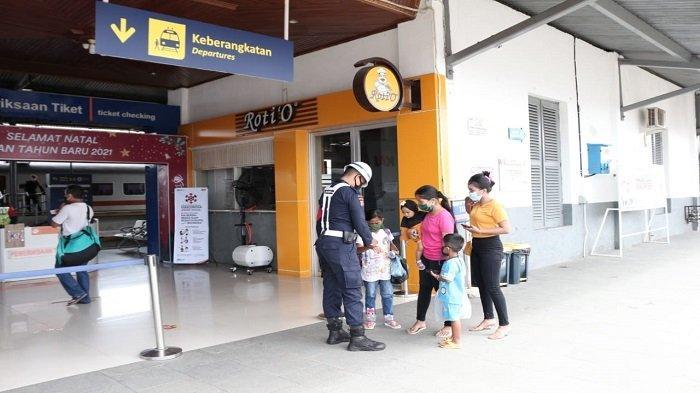 PPKM Darurat Perjalanan Kereta Api di Wilayah Sumbar Tetap Berjalan Normal, Penyesuaian Kapasitas