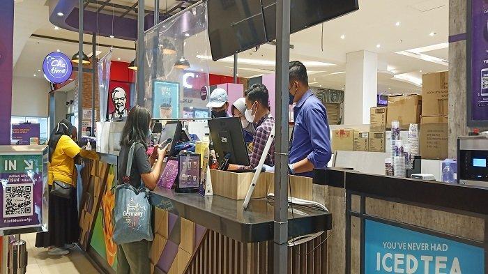 Tenant Transmart Padang Khawatir Wajib Bukti Vaksin Berdampak Penurunan Omset