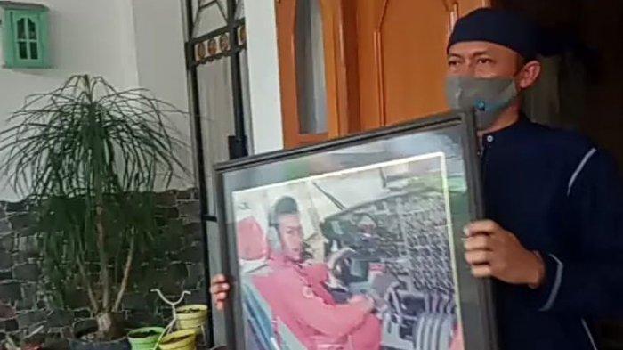 5 Warga Sumatera Barat Korban Sriwijaya Air SJ 182, Kedua Orang Tua Captain Afwan dari Sungai Jambu