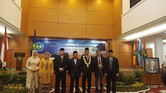 Prof Tafdil Husni Dilantik Jadi Rektor Universitas Bung Hatta Periode 2020-2024