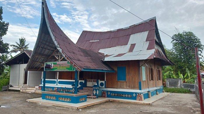 Surau Lurah di Kota Padang, Berusia 82 Tahun, Bangunannya Berbentuk Rumah Gadang Minangkabau