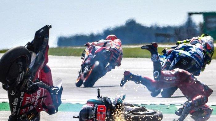 Bos Tim Ducati Beberkan Kondisi Andrea Dovizioso setelah Crash di Tikungan 1 Sirkuit Silverstone