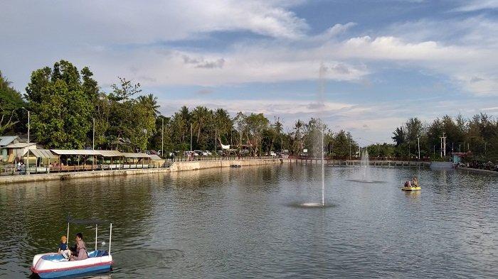 Menikmati Destinasi Wisata Talao Pauh Water Front City, Telaga di Tepi Pantai Pariaman